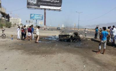 تفاصيل التفجير الذي استهدف نقطة للجيش بعدن وخلف قتلى وجرحى