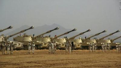 آخر تطورات الأوضاع على الحدود اليمنية السعودية .. معارك عنيفة وقصف للطيران والسعودية تخلي عدداً من القرى على الحدود