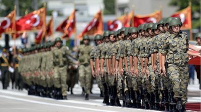 وزارة الدفاع التركية تعين قائدا جديدا للجيش الثاني .. والحكومة تفصل ١٦٨٤ عسكرياً تورطوا في المحاولة الانقلابية
