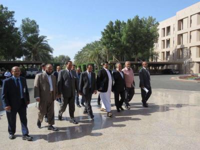 """وزير الخارجية  """" المخلافي """" بعد إتخاذ قرار مغادرة الكويت يكشف الشرط الوحيد لعودة الوفد الحكومي إلى مشاورات الكويت"""