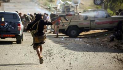 آخر مستجدات الأوضاع من تعز .. مواجهات عنيفة والمقاومة تسيطر على مواقع جديدة