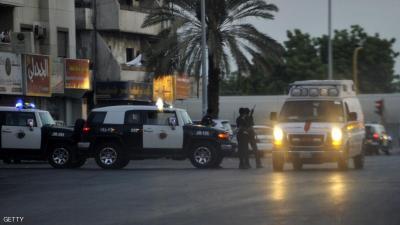 السلطات السعودية تكشف عن إسم اليمني المقيم الذي هاجم شرطي سعودي وأرداه قتيلاً
