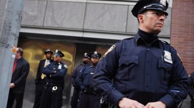 مقتل إمام وإصابة رجل آخر في إطلاق نار بنيويورك