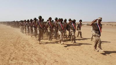 صحيفة : الجيش اليمني ينسق مع قيادات داخل صنعاء ويكمل استعداداته وهنالك مؤشرات إيجابية لحسم معركة صنعاء