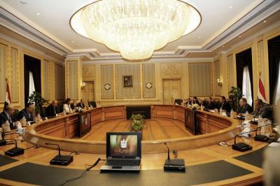 انعقاد جلسة مباحثات يمنية-مصرية برئاسة رئيسي وزراء البلدين ( صوره)