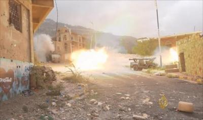 آخر مستجدات المعارك من تعز .. الجيش والمقاومة يسيطران على مواقع جديدة ( تفاصيل )