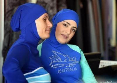 فرنسا : مجلس الدولة يعلق قرار حظر لباس البحر الإسلامي «البوركيني»