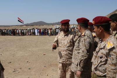 رئيس هيئة الأركان يزور معسكر النصر التدريبي بمأرب