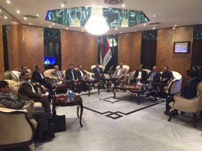 """الحوثيون يصلون العراق في زيارة  قالوا أنها """" رسمية """"  ( صورة)"""