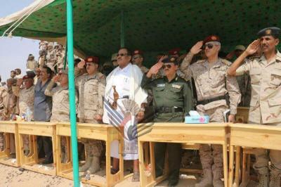 المقدشي يشهد حفل تخرج الدفعة الخامسة بمدرسة القوات الخاصة بمأرب