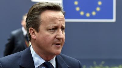 """رئيس الوزراء البريطاني الأسبق """" كاميرون """" ينهي مسيرته السياسية بالاستقالة من عضوية البرلمان"""