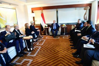 الرئيس هادي يستقبل مدير صندق النقد الدولي بحضور محافظ البنك ويتعهد بتوفير جميع إلإلتزامات تجاه الشعب اليمني ( تفاصيل)
