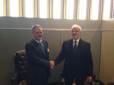 وزير الخارجية العراقي يكشف موقف بلاده من المجلس السياسي المشكل من الحوثيين وحزب المؤتمر بعد لقاءه المخلافي
