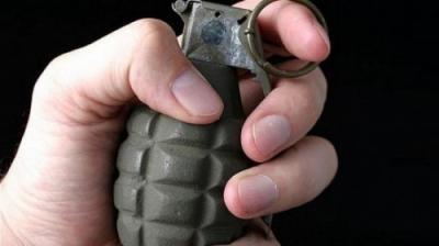 رجل يفجّر قنبلتين أثناء زفاف إبنته بمحافظة إب ومقتل وجرح العشرات من النساء