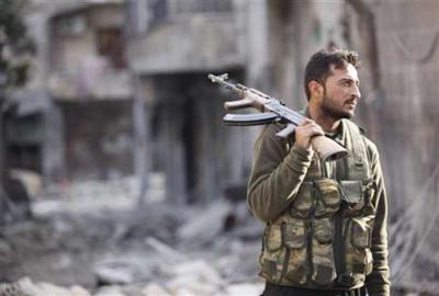 مسؤولون أمريكيون: دول الخليج وتركيا ستُسَلّح المعارضة السورية بمضادات طائرات