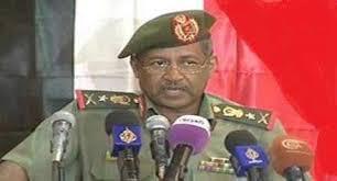 رئيس هيئة الأركان السوداني  وقائد القوات البرية  يزوران قاعدة العند بمحافظة لحج