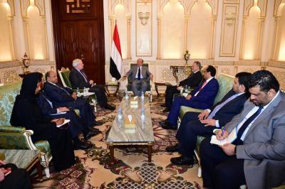 بعد زيارته لليمن .. وكيل  الأمين العام للأمم المتحدة يلتقي الرئيس هادي