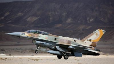 مقتل طيار وإصابة آخر بتحطم مقاتلة إسرائيلية بعد قصفها غزة