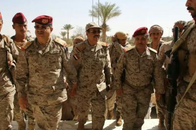 الفريق علي محسن الأحمر يصل مأرب ويكلف أحد أبرز القيادات العسكرية خلفاً للواء الشدادي ( صوره)