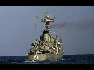 إيران تنشر سفن حربية قبالة سواحل اليمن
