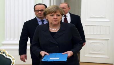 هولاند وميركل يلوّحان بعقوبات على موسكو بشأن حلب