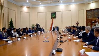 لقاء يجمع المجلس السياسي التابع للحوثيين والمؤتمر بوفديهما في مشاورات الكويت ومسلحون يحاصرون مقر إقامة ولد الشيخ بصنعاء