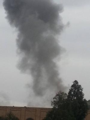 عاجل : غارات جوية وإنفجارات تهز العاصمة صنعاء ( صور - المواقع المستهدفة )